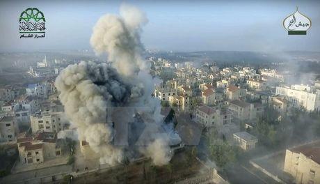 Quan doi Syria thong bao ngung ban nhan dao o Aleppo - Anh 1