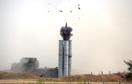 Quan doi Israel mat phuong huong vi S-400 o Syria? - Anh 1