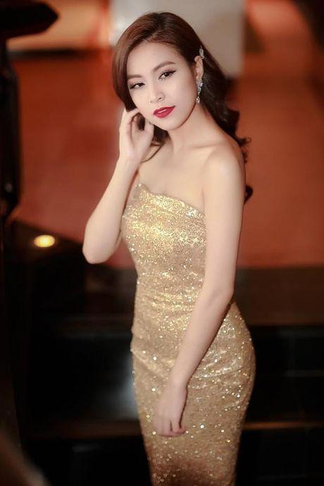 Hoang Thuy Linh goi cam tot do khi tro lai Lan song xanh sau 9 nam - Anh 6
