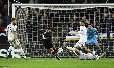 Tottenham 0-1 Leverkusen: Tham hoa o Wembley - Anh 2