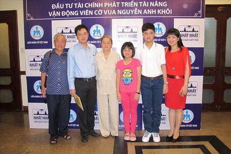 Nhat Nhat dau tu tai chinh cho ky thu Nguyen Anh Khoi - Anh 1