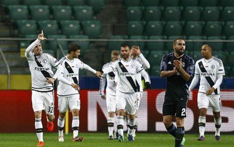 Ronaldo 'tit ngoi' trong tran hoa 6 ban thang cua Real - Anh 5