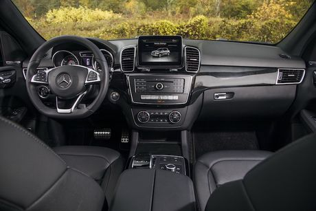 Mercedes GLE 43 AMG 'gia re' chi hon 2 ty dong - Anh 3