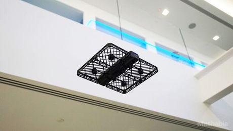 Tren tay Hover Camera Passport - flycam chup anh tu suong sieu dinh - Anh 8
