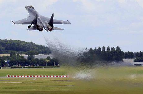 Cach Nga 'khoa tay' Trung Quoc het duong sao chep Su-35 - Anh 8