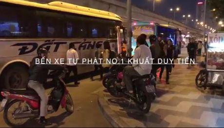 Ai lam ngo de ben xe tu phat tai so 289 Khuat Duy Tien ton tai? - Anh 1