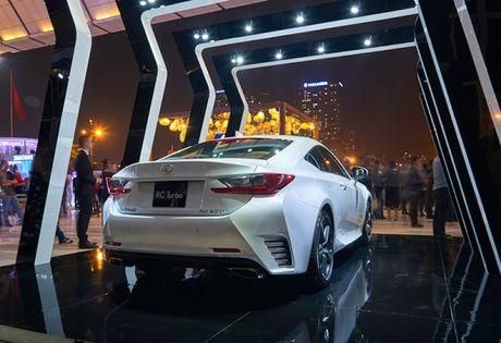 "Lexus RC Turbo ""len san"" dien thoi trang - Anh 3"