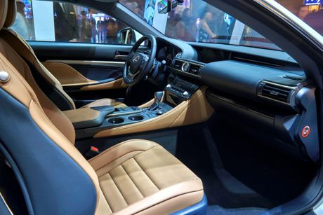 "Lexus RC Turbo ""len san"" dien thoi trang - Anh 4"