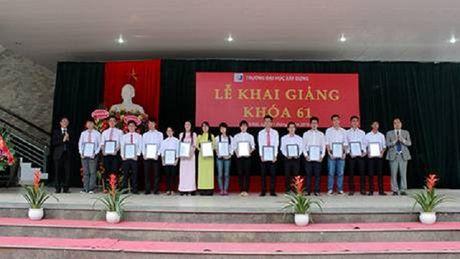 Truong Dai hoc Xay dung (Ha Noi): Dia chi dao tao nguon nhan luc chat luong cao cho nganh xay dung - Anh 1