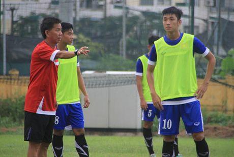 Thay tro Hoang Anh Tuan tiet lo chuyen hau truong o tuyen U.19 Viet Nam - Anh 4