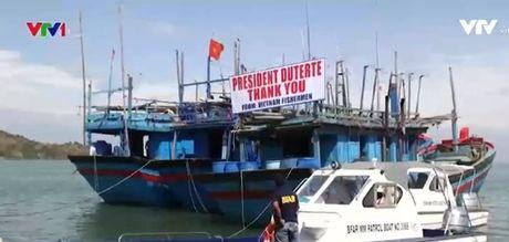 Philippines tra tu do cho 17 ngu dan Viet Nam - Anh 1