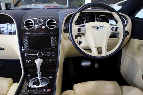'Bau vat' Bentley Continental GT Speed cua CR7 duoc ban dau gia - Anh 6