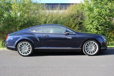 'Bau vat' Bentley Continental GT Speed cua CR7 duoc ban dau gia - Anh 8