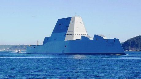Sieu ham USS Zumwalt My co ha thu duoc tau khu truc 'khung' Type 055 Trung Quoc - Anh 1