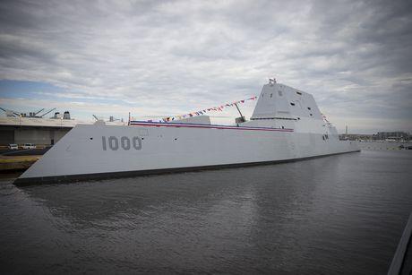 Sieu ham USS Zumwalt My co ha thu duoc tau khu truc 'khung' Type 055 Trung Quoc - Anh 2