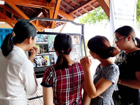 Trien lam Cuoc thi anh Di san Viet Nam 2016 - Anh 2