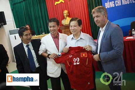 Nguyen Chu tich nuoc Nguyen Minh Triet khen HLV Tuan la ngoi sao moi - Anh 13