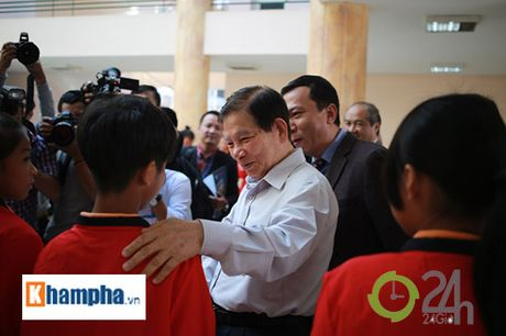 Nguyen Chu tich nuoc Nguyen Minh Triet khen HLV Tuan la ngoi sao moi - Anh 2