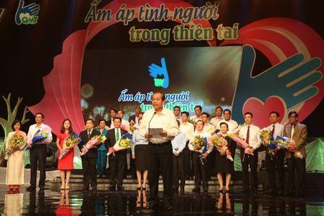 Tap doan Mai Linh sat canh cung nguoi dan vung lu - Anh 4