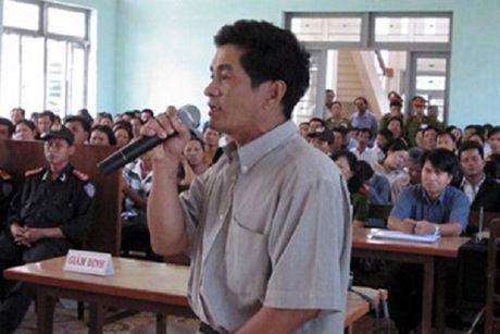 Huy bo chung chi luat su voi dieu tra vien vu ong Huynh Van Nen - Anh 1