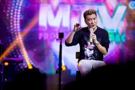 Dam Vinh Hung bat ngo dong cua phong tra MTV - Anh 1