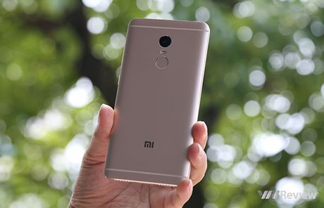 6 smartphone dang mua nhat cua Xiaomi hien nay - Anh 4