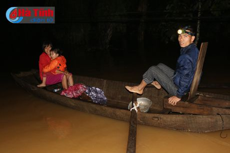 Dem trang o 'ron lu' Phuong My - Anh 5