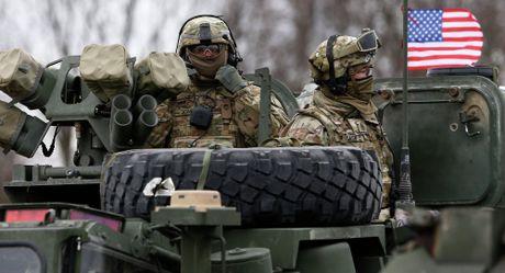 Nga va NATO lam chien vao nam 2017? - Anh 1