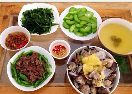 Goi y thuc don di cho 2 bua 100 nghin dong day du dinh duong - Anh 1
