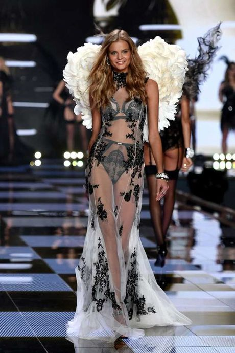 Victoria's Secret tiep tuc ro ri nhung bo trang phuc sieu doc cho show dien nam nay - Anh 5