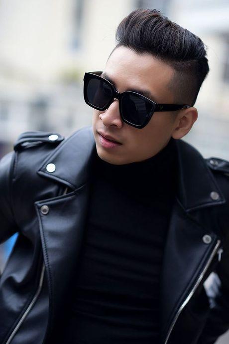 Sac den 'ap dao' cua loat street style VIFW giua tiet troi thu Ha Noi - Anh 4