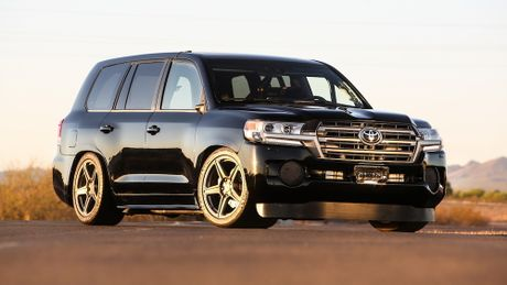 Toyota Land Cruiser do cong suat 'khung' 2.000 ma luc - Anh 1