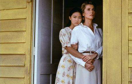 Huyen thoai Catherine Deneuve khong tham lai phim truong 'Dong Duong' tren vinh Ha Long - Anh 1