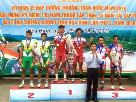 Le Nguyet Minh - Ho Vu bat ngo doat HCV doi nuoc rut - Anh 1
