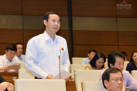 DB tranh luan voi bo truong Cong Thuong ve thuy dien - Anh 1