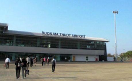 VNA huy bon chuyen bay do thoi tiet xau tai Buon Ma Thuot - Anh 1