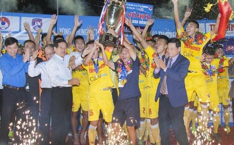 Chung ket U21 Quoc gia: HN T&T loi nguoc dong bao ve thanh cong ngoi vo dich - Anh 1