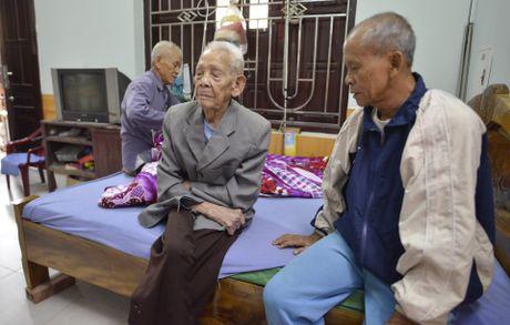 Cu ong 104 tuoi o Bac Ninh co ban chan ky la - Anh 6