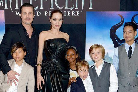 Brad Pitt guc nga khi Maddox noi: 'Ong khong phai cha toi' - Anh 2