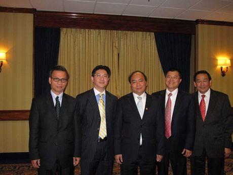 Chuyen gia goc Viet: 'Trump duoc nhieu nguoi ung ho ngam' - Anh 1