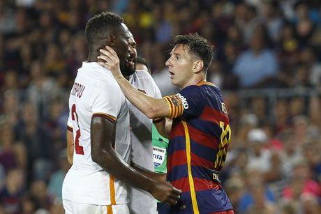 6 lan 'ca gian mat khon' cua Messi tren san co - Anh 5