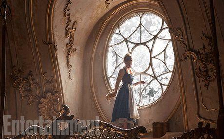Emma Watson quyen ru trong 'Nguoi dep va quai vat' - Anh 5