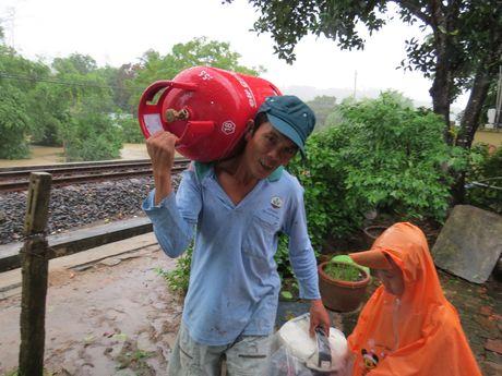 Lu ngap xe khach o Phu Yen - Anh 5