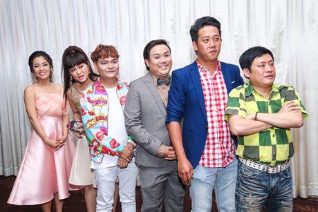 Nam Thu xuc dong gap Hoai Linh trong su kien - Anh 8