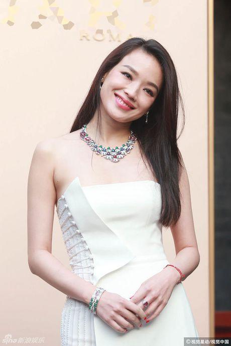 Thu Ky goi cam hon sau khi cuoi Phung Duc Luan - Anh 1