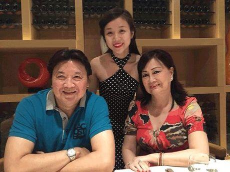 Ngo ngang nhan sac va gia the cua ban gai con nuoi Hoai Linh - Anh 6
