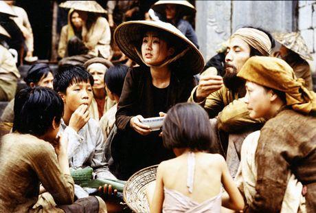 Khan gia dung suot 2 tieng xem phim 'Dong Duong' - Anh 6