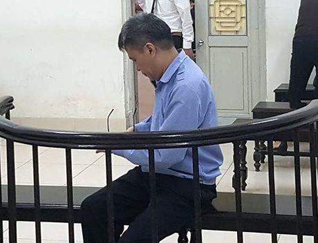 Nhieu nguoi sap 'bay lua' Tong giam doc cong ty BDS - Anh 1