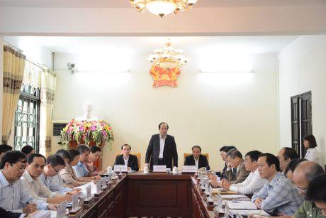 Bo truong Mai Tien Dung tiep cong dan Vinh Phuc - Anh 1