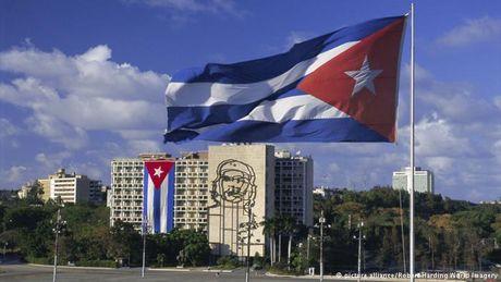 EU co the chinh thuc tu bo 'Lap truong chung' chong Cuba vao thang 12 - Anh 1